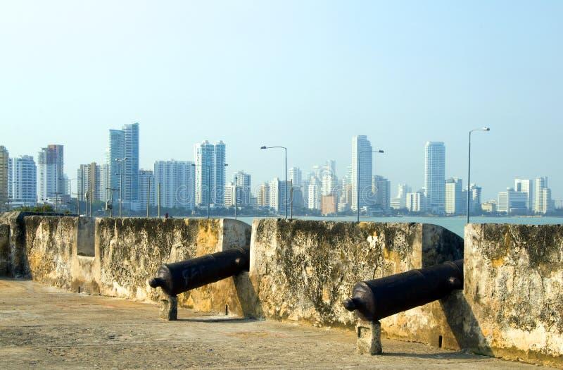Canhões a parede Cartagena Colômbia imagens de stock