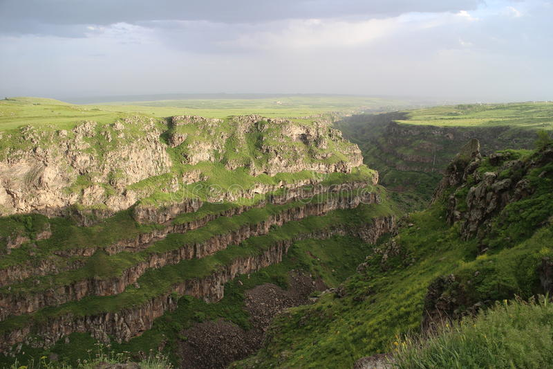 Canion dichtbij Saghmosavank in Armenië royalty-vrije stock fotografie