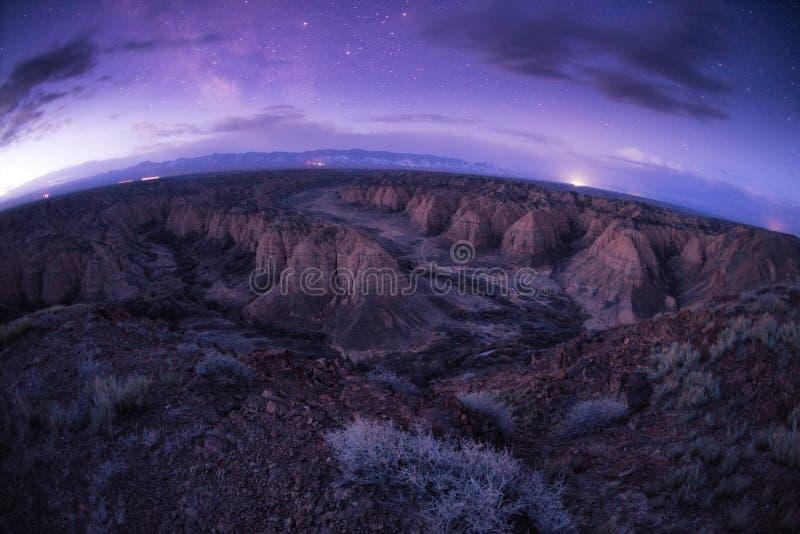 Canion in woestijnen van Kazachstan stock afbeelding