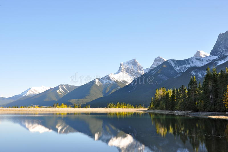Canmore, Alberta, Canadá foto de stock royalty free