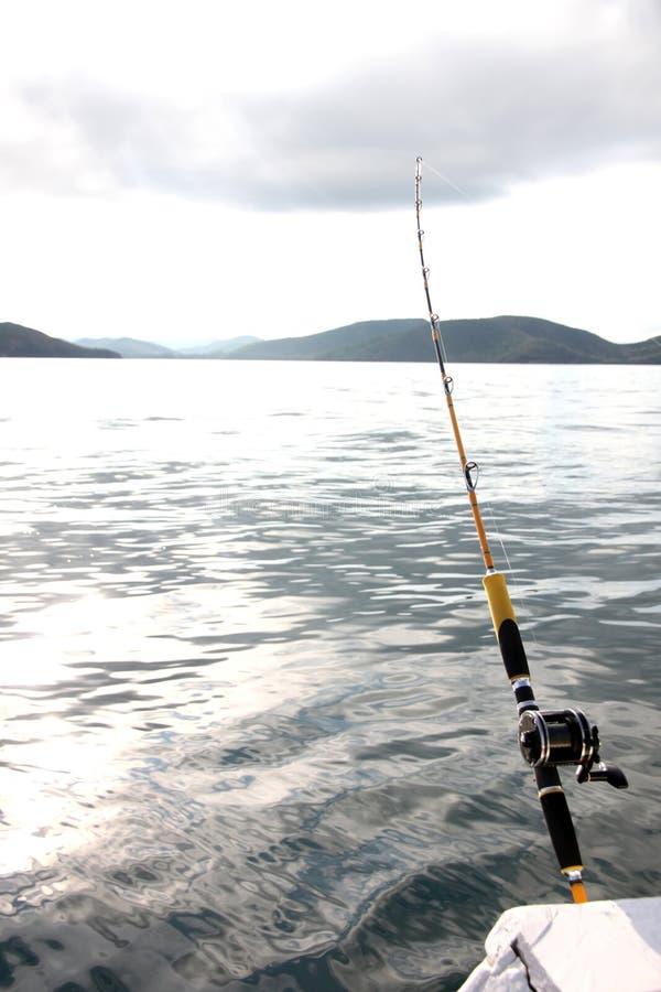 Canna da pesca su una barca fotografia stock