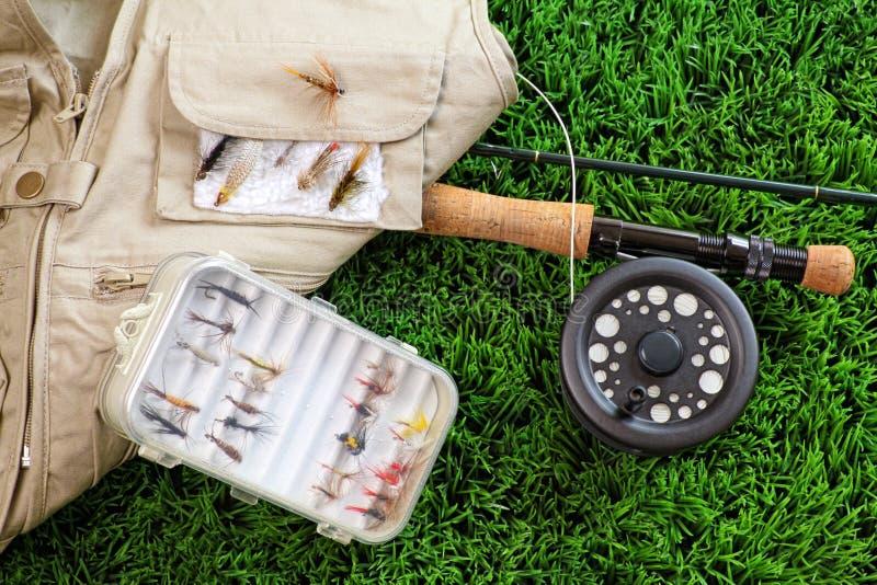 Canne à pêche et accessoires de mouche images libres de droits