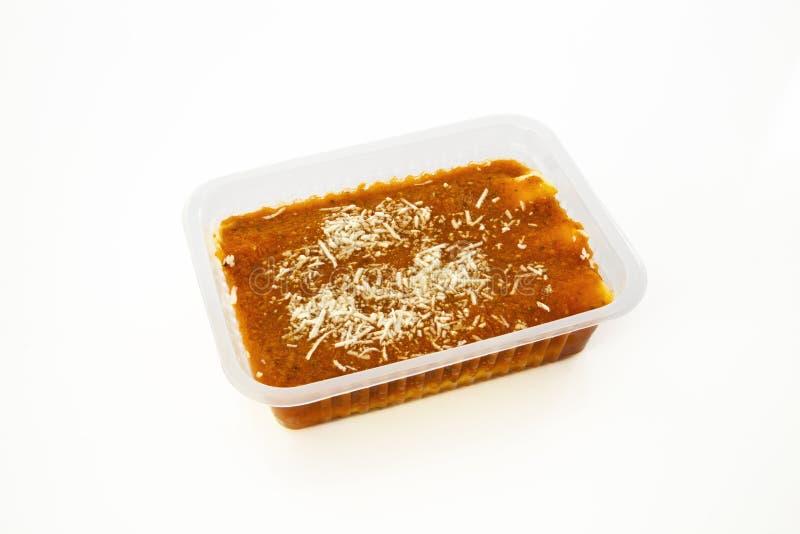 Cannelloni con il riocata e la salsa al pomodoro fotografie stock