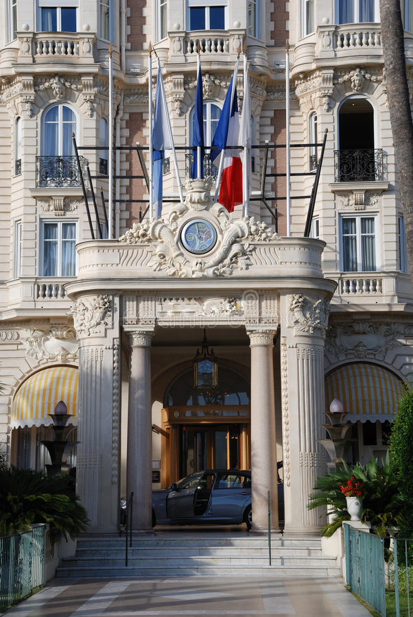 cannes france hotelllyx arkivfoton