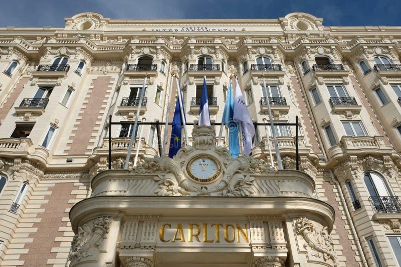 Cannes Frankrike - Oktober 25, 2017: sikt för främre ingång av fet royaltyfri bild