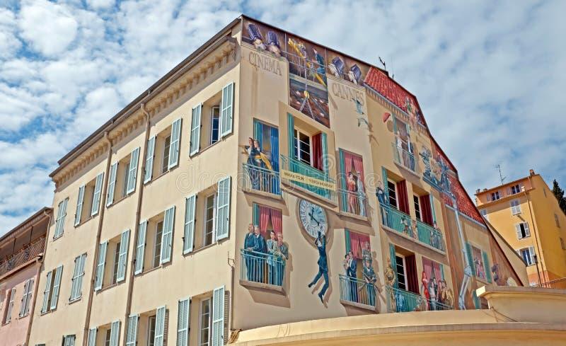 Cannes - konstmålning på väggen arkivbild