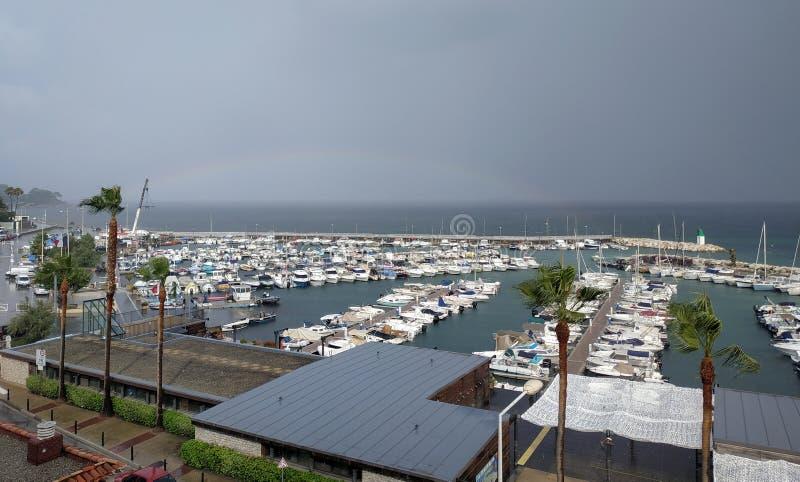 Cannes - petits yachts ancrés dans le port photographie stock libre de droits