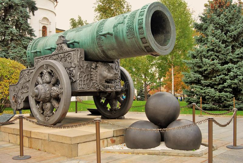 cannon国王在莫斯科克里姆林宫 彩色照片 免版税图库摄影