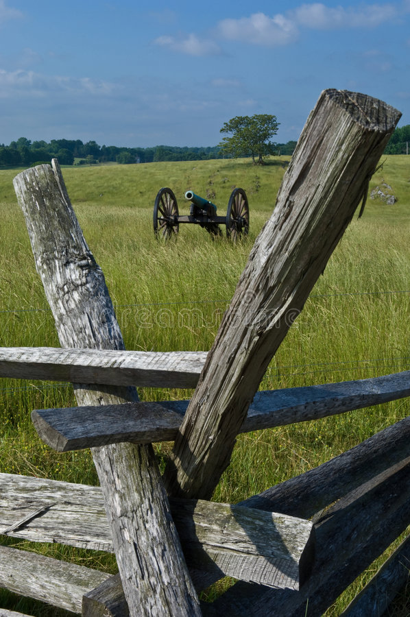 Download Cannon And Battlefield Fence Stock Photo - Image: 2621590