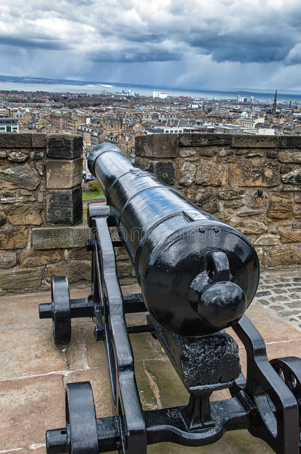 Cannon. The cannon in the castle of Edinburgh, Great Britain stock images