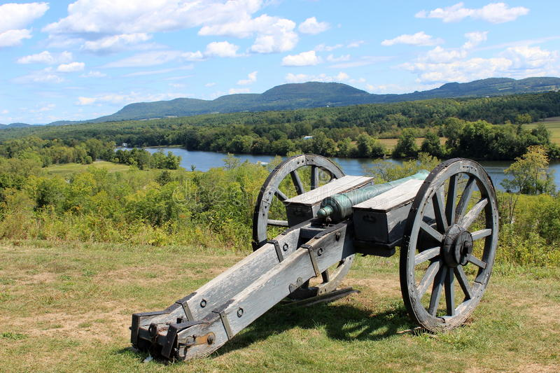 Download Cannon over the Hudson stock image. Image of summer, history - 26493399