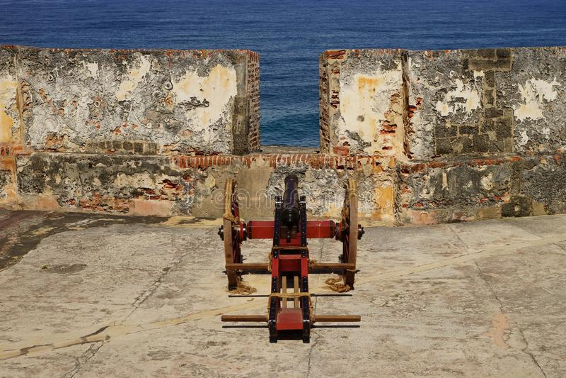 Cannone in San Felipe del Morro Fortress, Porto Rico fotografie stock libere da diritti