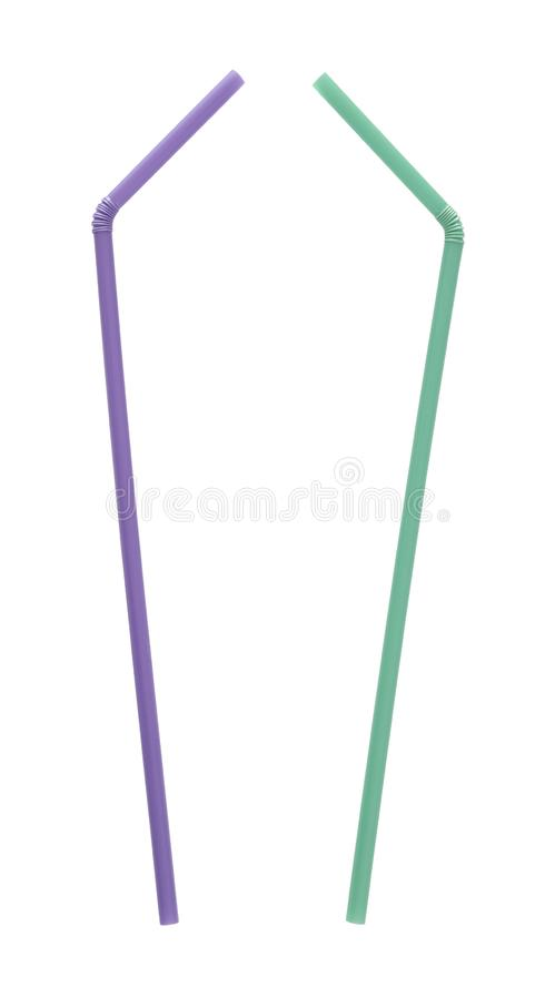 Cannucce curve dritte isolate su fondo bianco come voti del parlamento di UE vietare la plastica monouso, compreso fotografie stock libere da diritti
