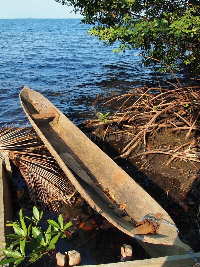 Canoë de pirogue d'Amerindian photos libres de droits