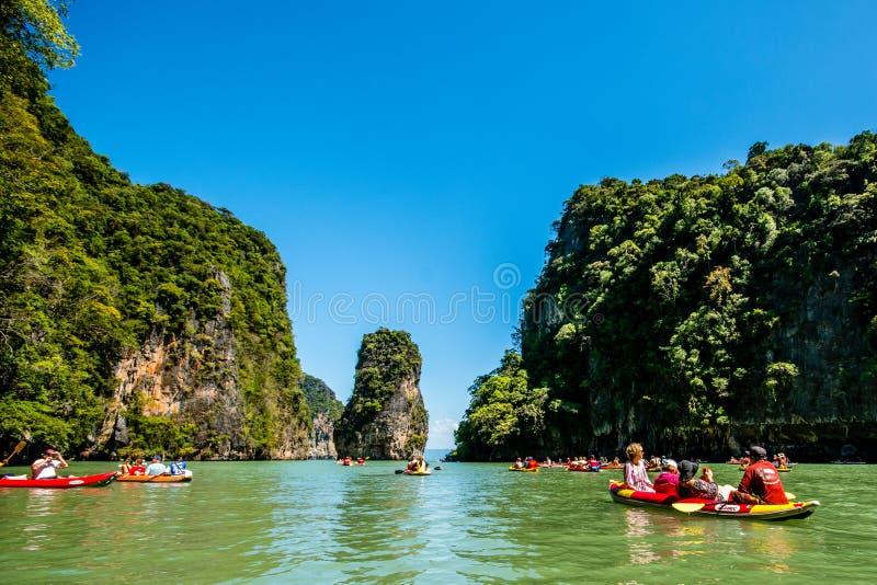 Canoë-kayak chez Koh Hong Island photographie stock