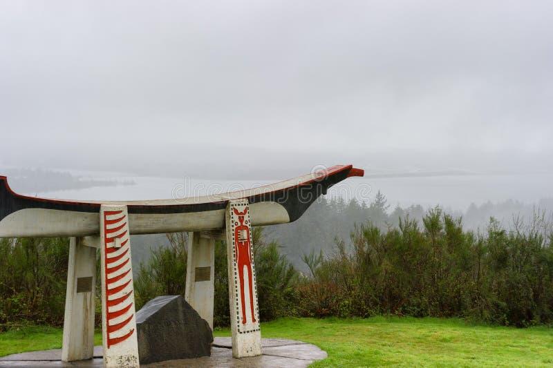 Canoa india del entierro en la columna de Astoria en Oregon fotografía de archivo libre de regalías