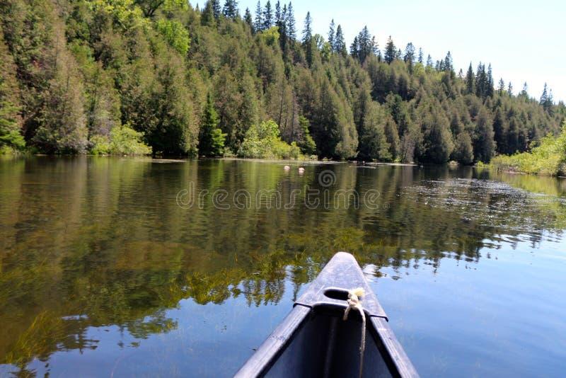 Canoa sul fiume Canadian immagine stock libera da diritti