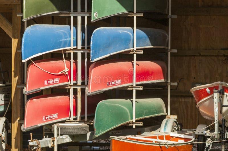 Canoe sul rimorchio fotografia stock libera da diritti