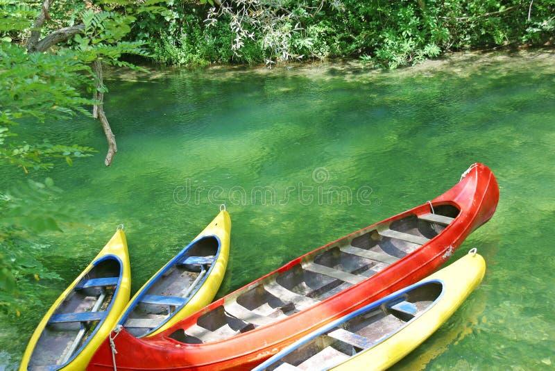 Canoe vuote fotografie stock