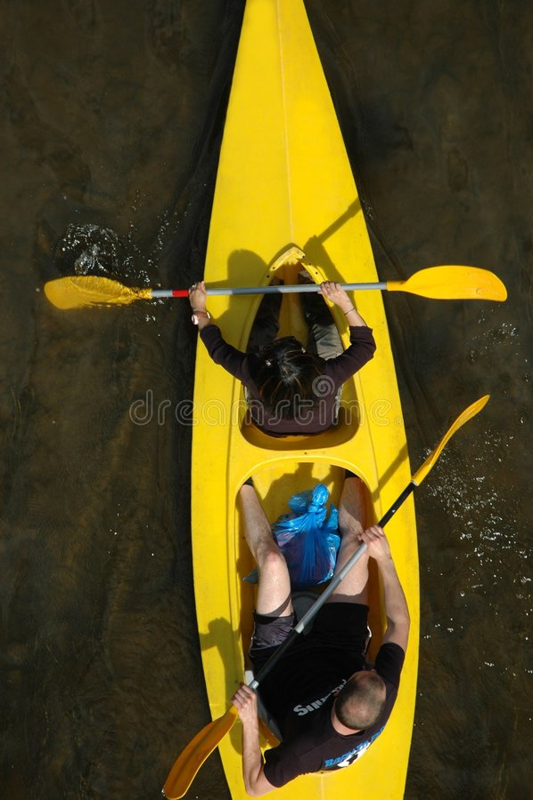 Canoeing stock afbeeldingen