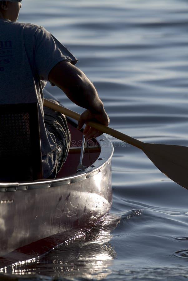 Download Canoeing foto de stock. Imagem de pesca, adulto, canoe - 528542