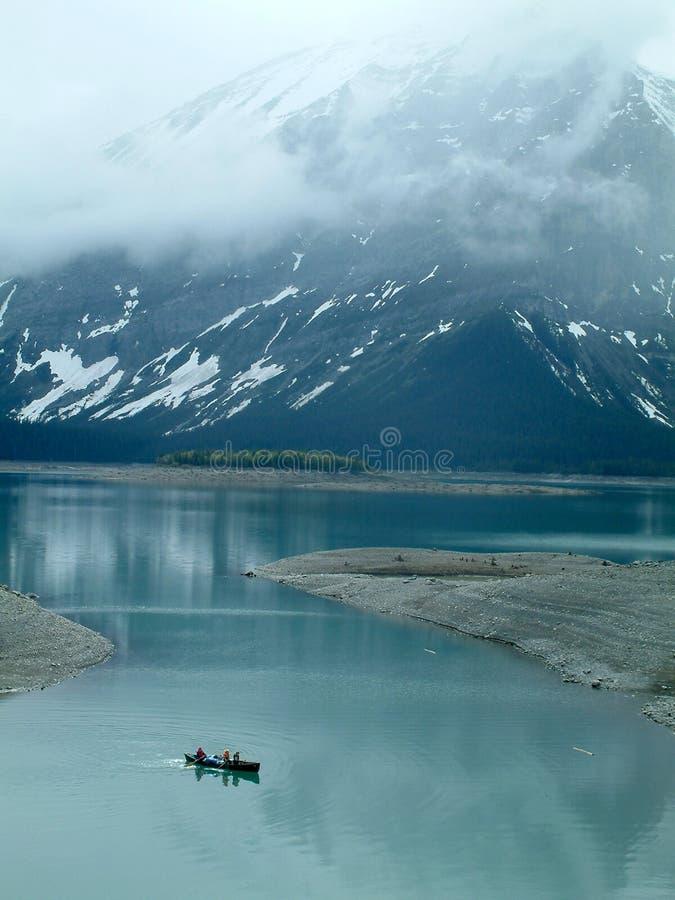 Canoeing da mola foto de stock