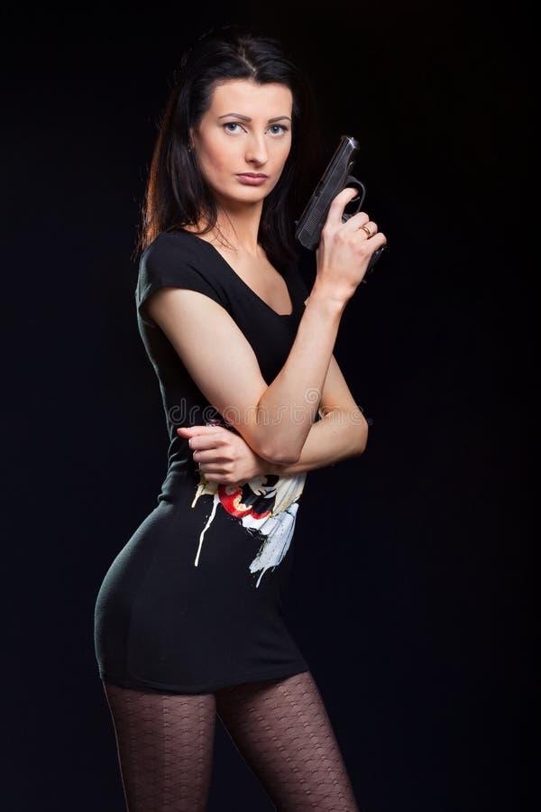 Canon de fixation de jeune femme photos libres de droits