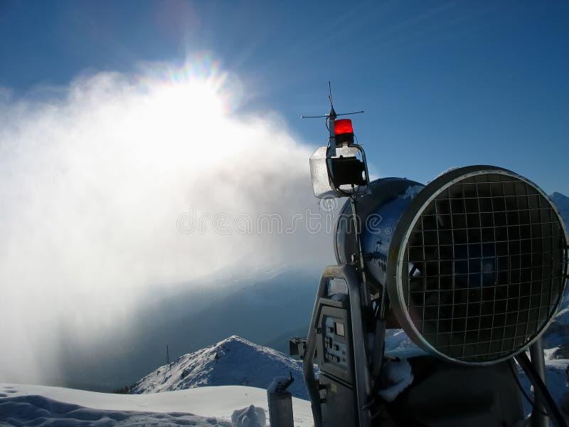 Canon de neige photos libres de droits