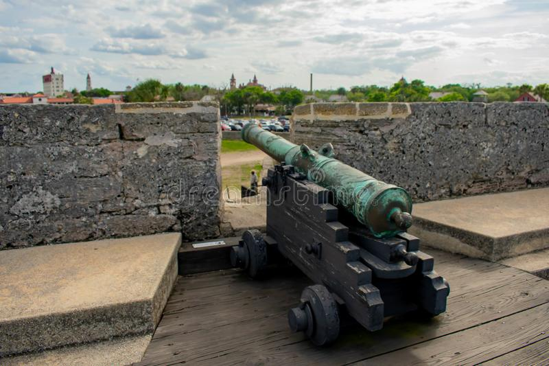 Canon sur le gundeck en Castillo de San Marcos Fort 5 photos libres de droits