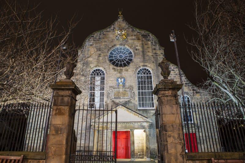 Canongate Kirk i Edinburg royaltyfri fotografi