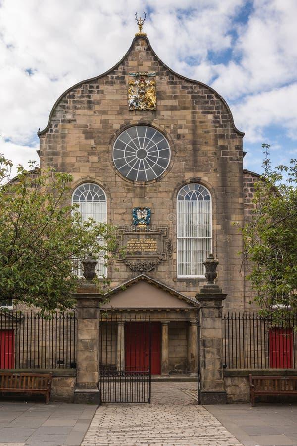 Canongate Kirk på den kungliga mil, Edinburg, Skottland, UK arkivfoton