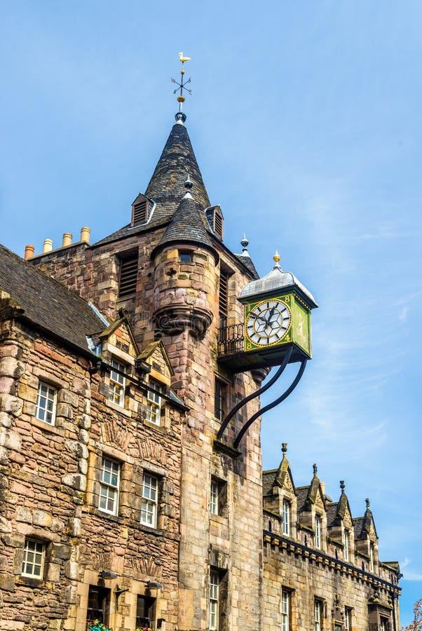 Canongate Tolbooth, en historisk gränsmärke av Edinburg arkivbilder