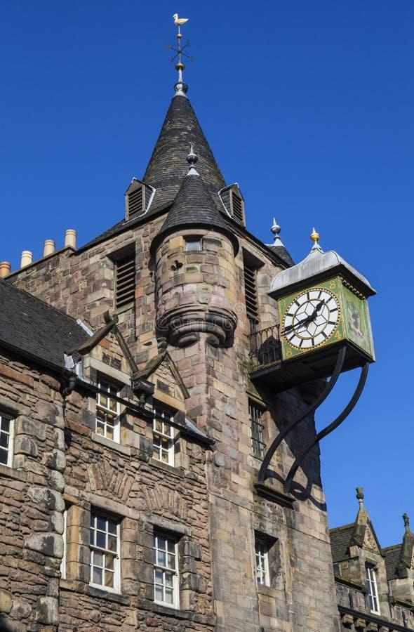 Canongate Tolbooth i Edinburg arkivfoton