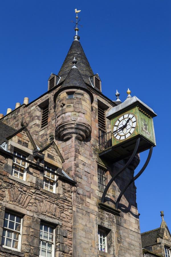 Canongate Tolbooth i Edinburg arkivbild