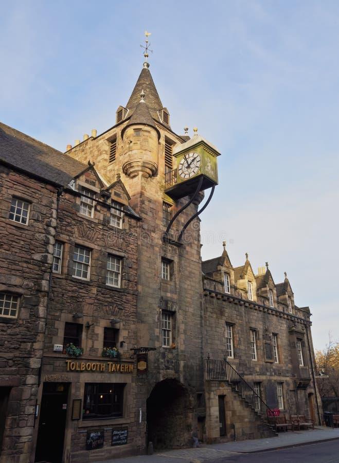 Canongate Tolbooth i Edinburg royaltyfri bild