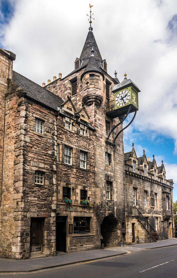 Canongate Toll Booth Clock, Royal Mile, Edinburgh, Scotland. The 1591 toll booth clock on the old prison in Canongate, on the Royal Mile, In Edinburgh, Scotland stock images