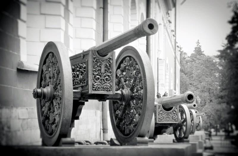 Canons d'Olc à Moscou Kremlin Site de patrimoine mondial de l'UNESCO images libres de droits