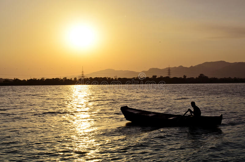 Canotage au lac Islamabad Rawal photo stock