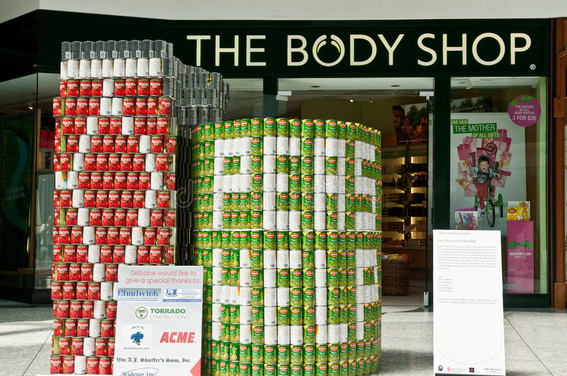 CanStruction charity - Sculptures Made from Cans royalty free stock photos