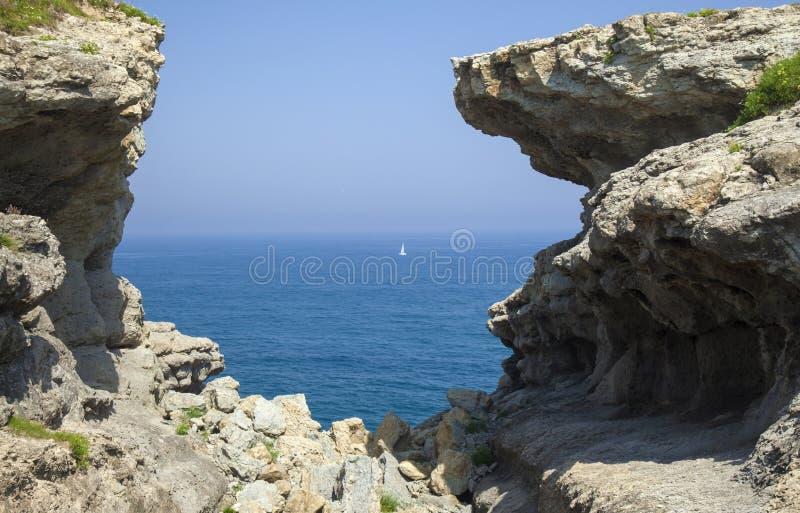 Cantabria kust- landskap arkivfoton