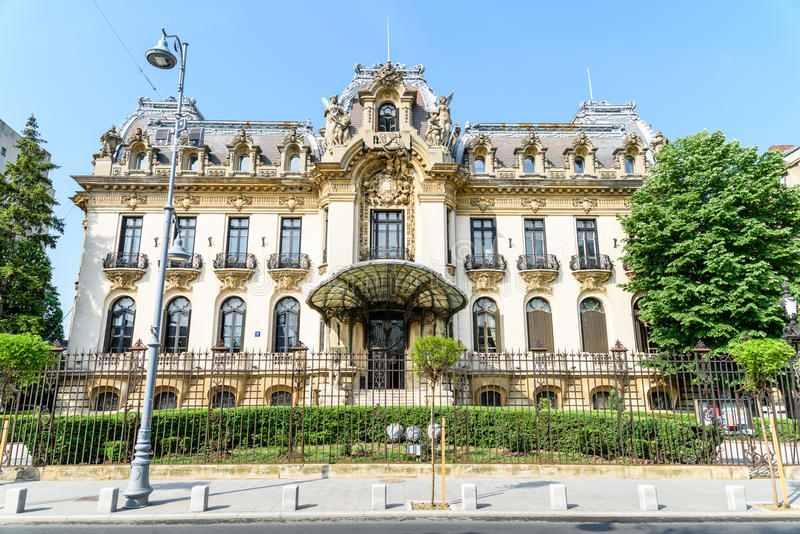 Cantacuzino Palace (George Enescu Museum) In Bucharest. BUCHAREST, ROMANIA - JANUARY 12, 2016: Cantacuzino Palace (George Enescu Museum) Is Located On Victory stock photos