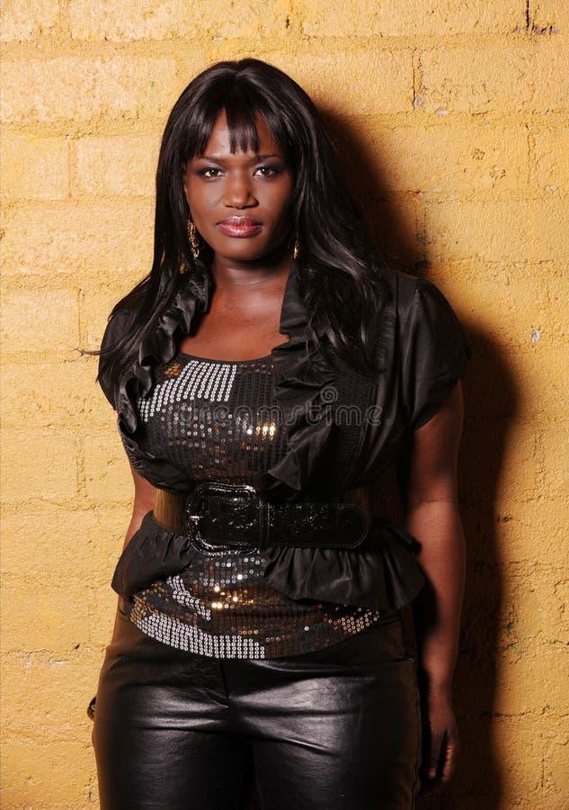 Cantante de sexo femenino africano imagen de archivo