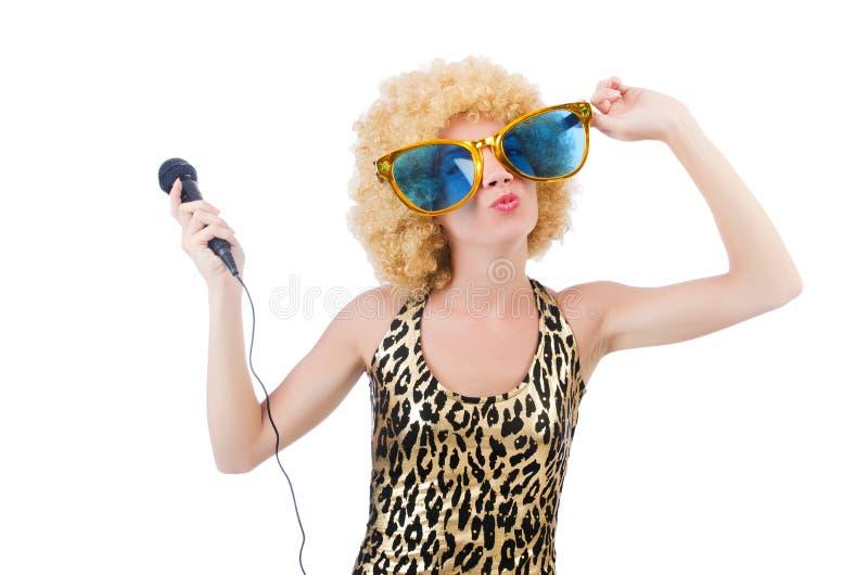 Cantante divertente  donna con il mic fotografia stock