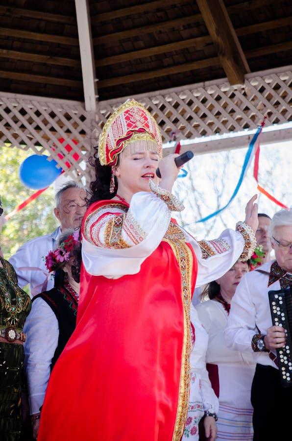 Cantante en el día Auckland de Rusia fotografía de archivo libre de regalías