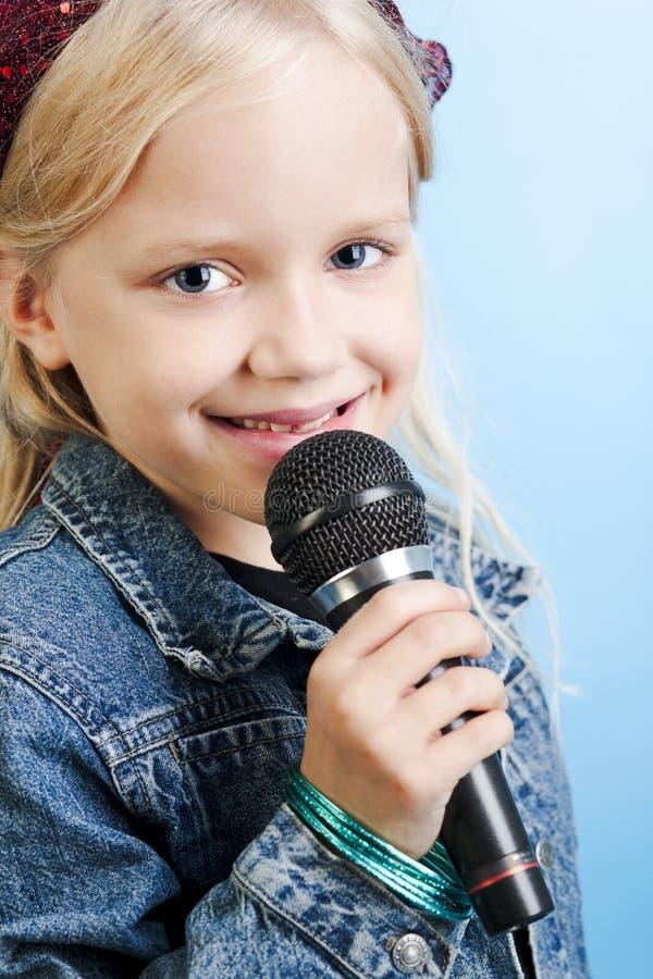 Cantante joven foto de archivo