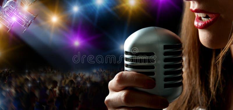 Cantante y concierto fotos de archivo libres de regalías