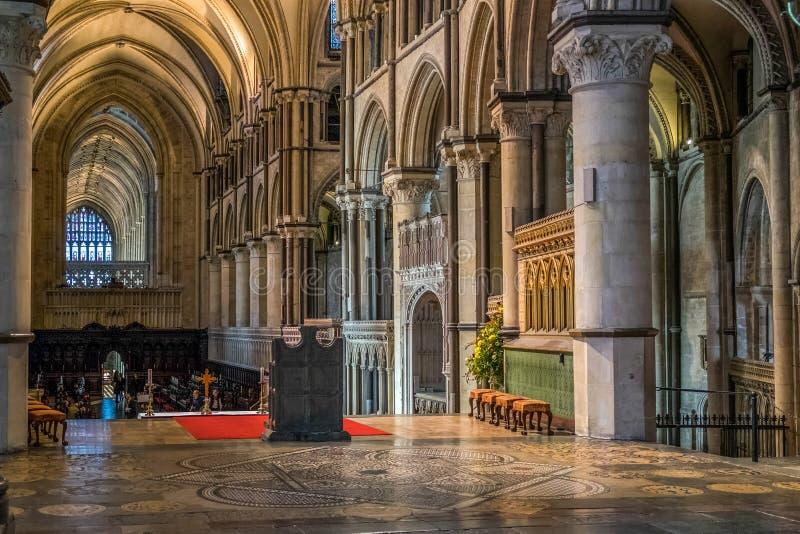 CANTERBURY, KENT/UK - 12. NOVEMBER: Innenansicht von Canterbury lizenzfreie stockfotografie