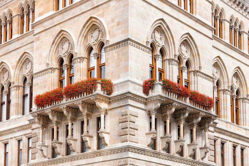 Canto da construção histórica do cityhall em Viena imagem de stock royalty free