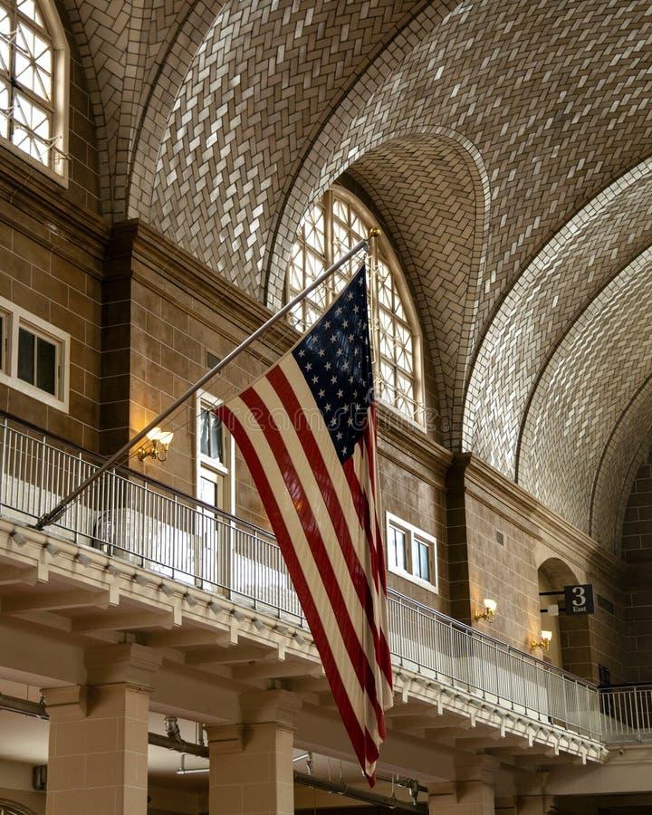 Canto quieto de grande Hall Registration Room em Ellis Island imagem de stock royalty free