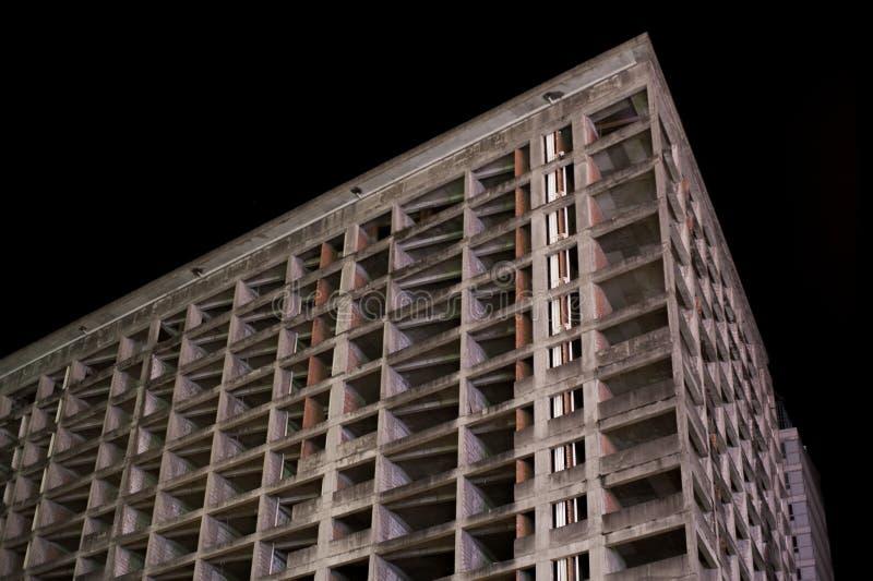 Canto vazio escuro abandonado da construção imagens de stock royalty free